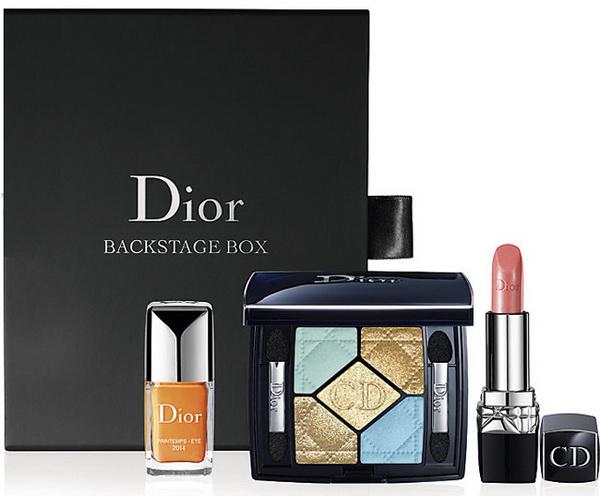Наборы косметики и парфюмерии