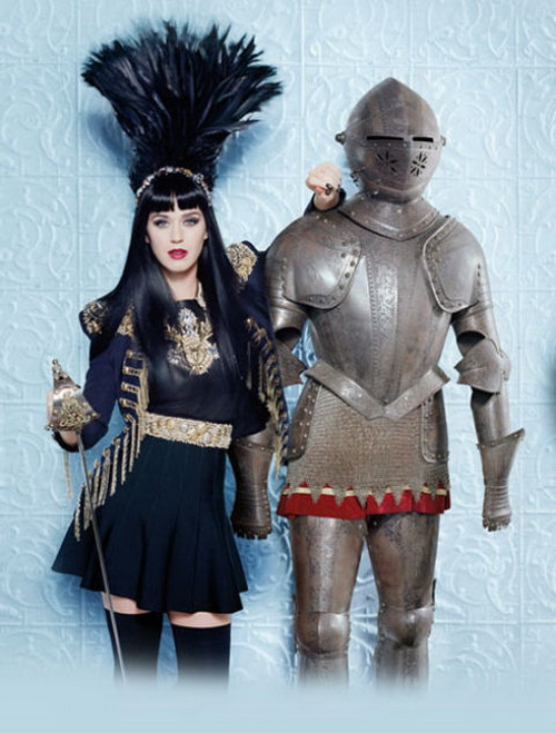 Katy-Perry-2014-Royal-Revolution 2