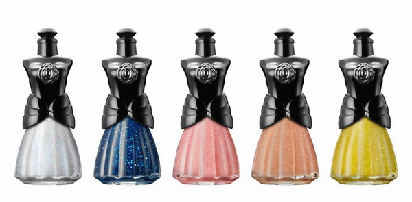 Anna-Sui-Spring-2015-Makeup-Collection-Nail-Color