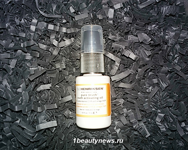 Lookfantastic-Beauty-Box-2014-December-Ole-Henriksen-Pure-Truth-Youth-Activating-Oil