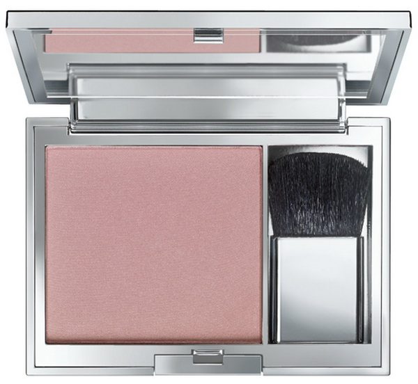 BeYu-Spring-2015-Blooming-Beauty-Trend-Colors-Catwalk-Powder-Blush