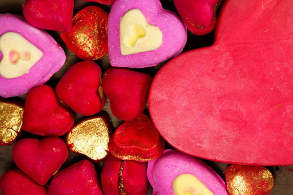 Lush-Spring-2015-Valentine's-Day-Collection