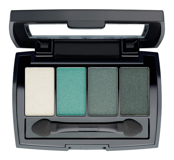 BeYu-Summer-2015-Bazaar-of-Colors-Collection-328-Color-Catch-Eye-Palette