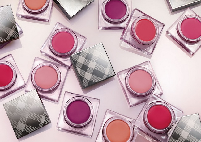 Burberry-Spring-2015-Lip-and-Cheek-Bloom