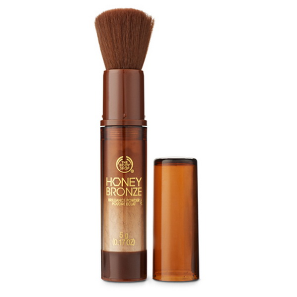The-Body-Shop-Summer-2015-Honey-Bronze-Collection-Brilliance-Powder