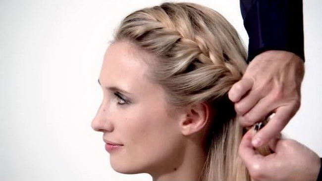 L'Oréal-Paris-The-French-Braid-hairstyle-tutorial