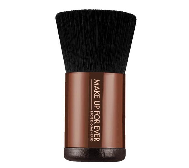 Make-Up-For-Ever-Summer-2015-Pro-Bronze-Fusion-Kabuki-Pro-Bronze-Fusion