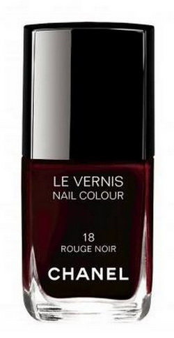 Chanel-Christmas-Holiday-2015-Rouge-Noir-Collection-Le-Top-Coat