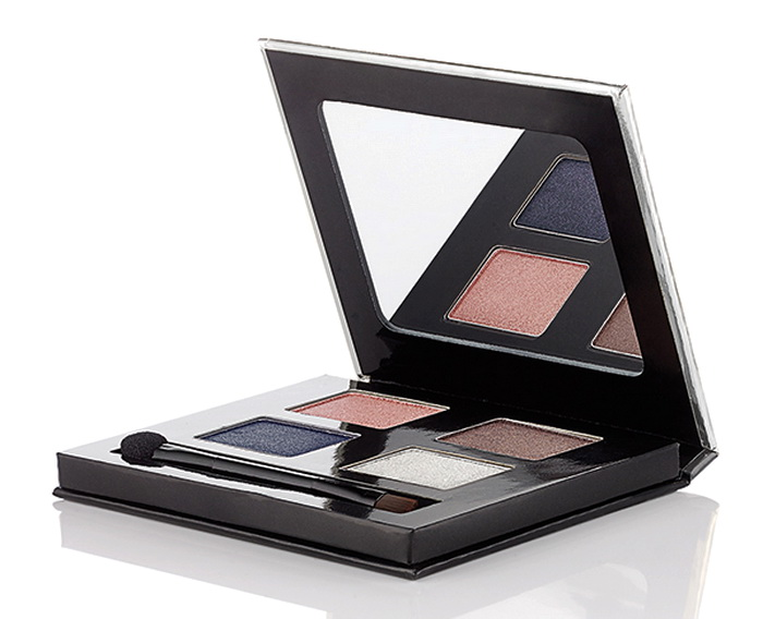 The-Body-Shop-Holiday-2015-2016-Swinging-Silver-and-Grooving-Gold-Eyeshadow-Palette 1