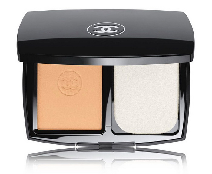Chanel-Summer-2016-Ultrawear-Flawless-Compact-Foundation-SPF15 2