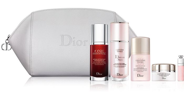 Dior-Christmass-Holiday-2016-2017-Sets 6