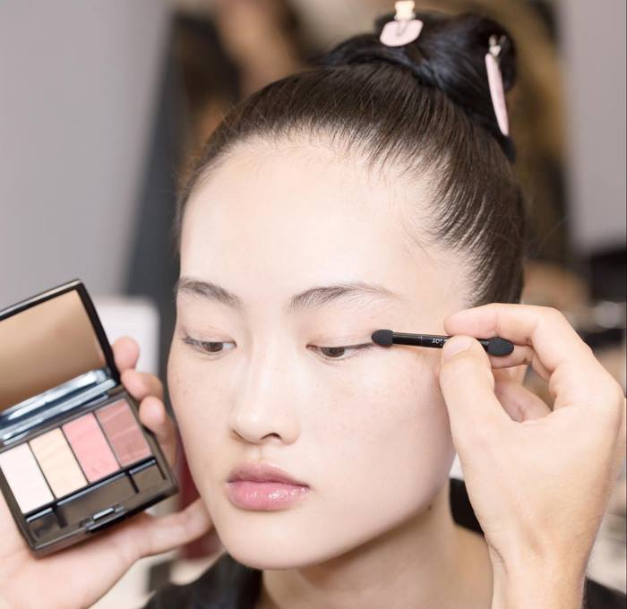 dior-spring-2017-makeup-collection-5