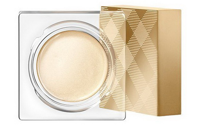 burberry-christmas-holiday-2016-2017-festive-makeup-collection-gold-touch-highlighter