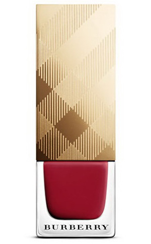 burberry-christmas-holiday-2016-2017-festive-makeup-collection-nail-polish-1