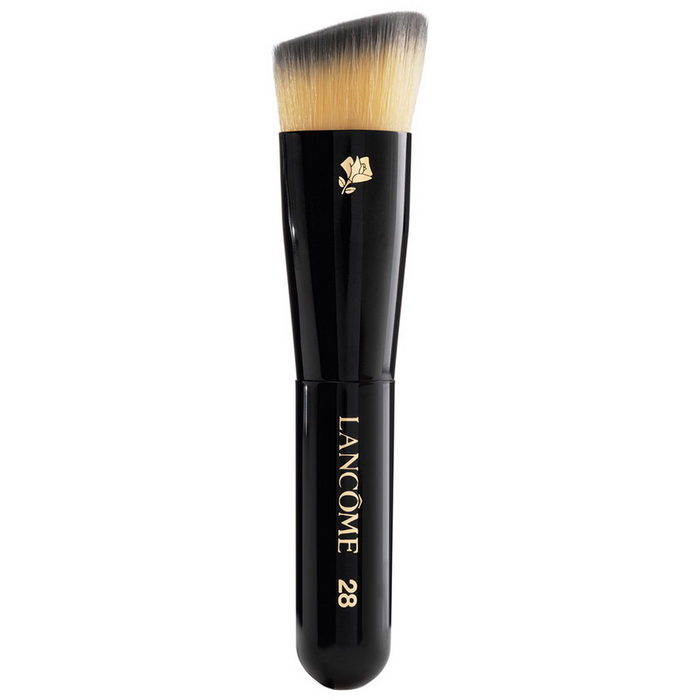 Lancome teint idole ultra wear 24h for Givenchy teint miroir lift comfort