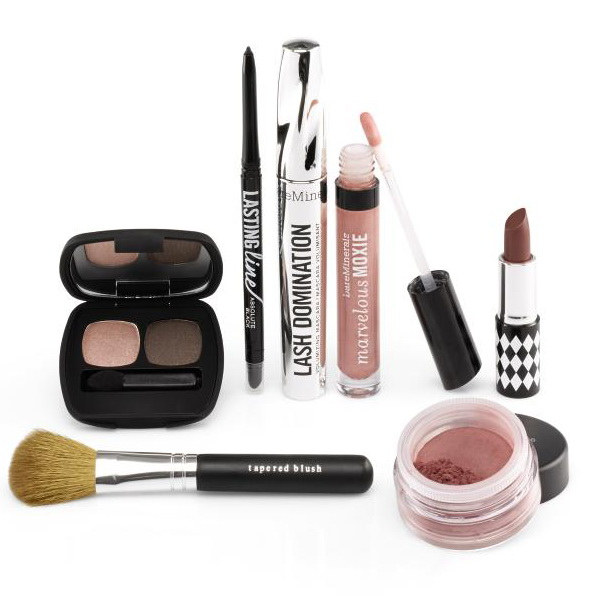 BareMinerals-Holiday-2014-2015-Makeup-Collection-Main-Attraction 2