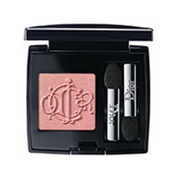 Dior-Spring-2015-Kingdom-of-Color-Makeup-Collection-Mono-Eyeshadow-667-Royal-Coral