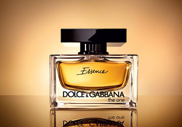 Dolce-Gabbana-Holiday-2015-2016-The-Essence-Collection-The-One-Essence-EDP