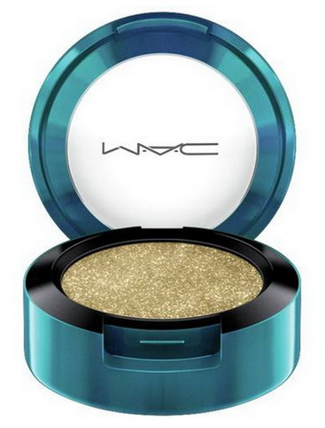 MAC-Holiday-2015-2016-Magic-of-the-Night-Collection-Colourdrenched-Pigment 1