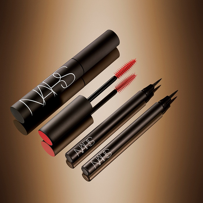 NARS-Fall-2016-Audacious-Makeup-Collection-Unrestricted-Eyeliner-Stylo