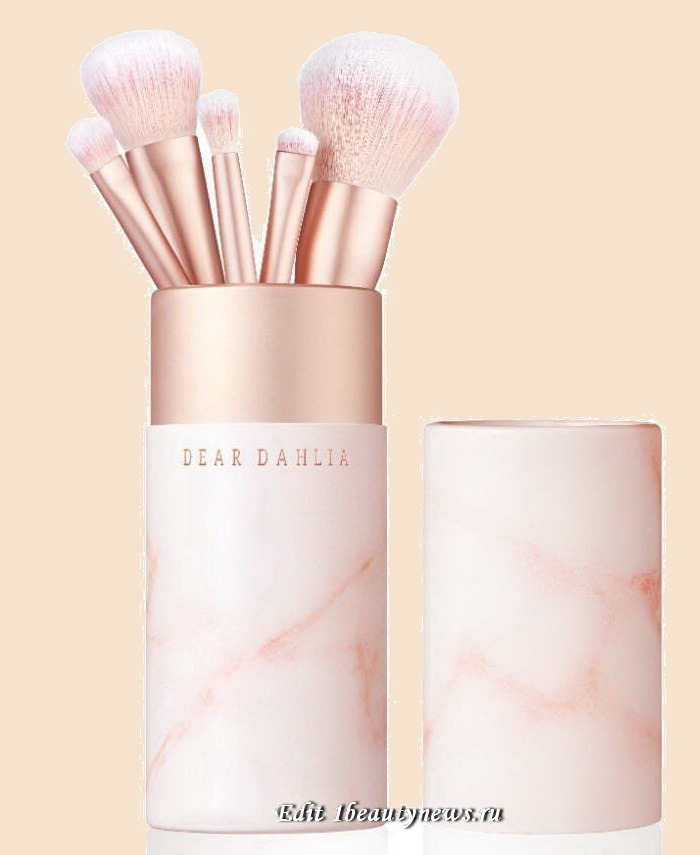 Dear Dahlia Blooming Edition Propetal Brush Collection Spring 2021