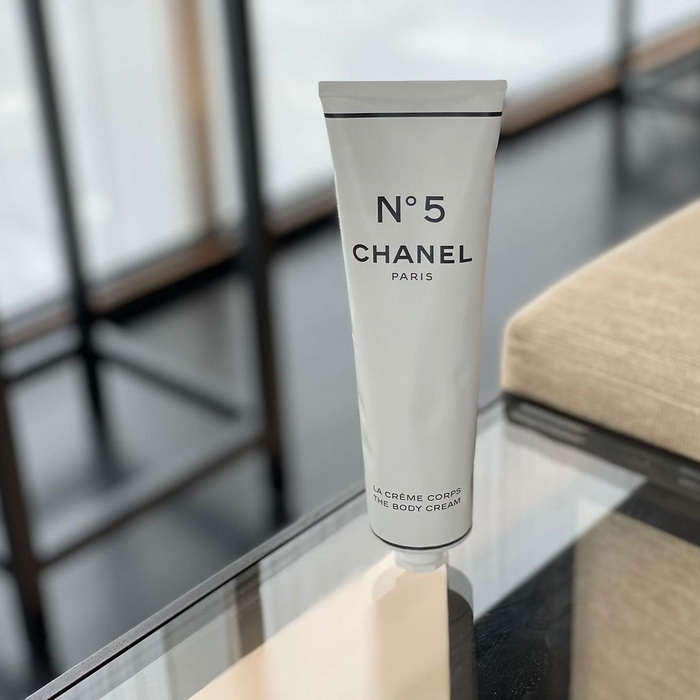Chanel №5 The Body Cream Tube