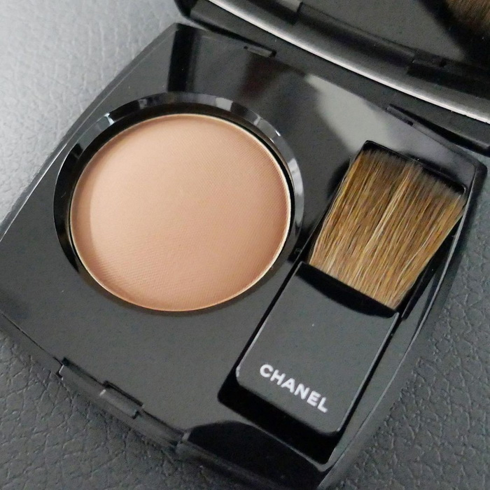 Chanel Makeup Collection Fall Winter 2021